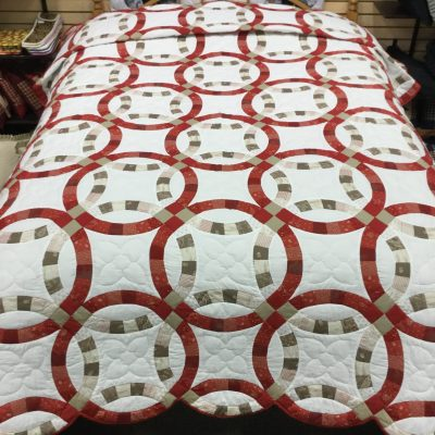 Wedding Ring Quilt-Queen-Family Farm Handcrafts