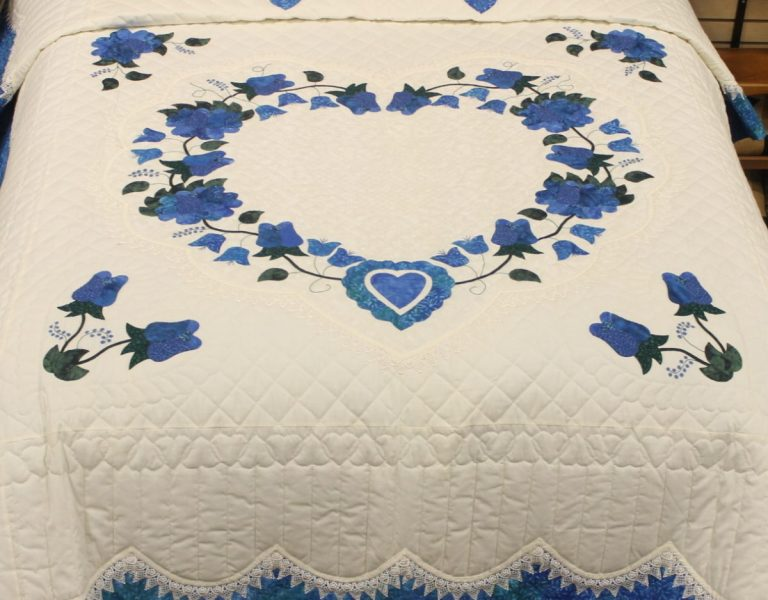 Buy Applique Quilts in Lnacaster, PA