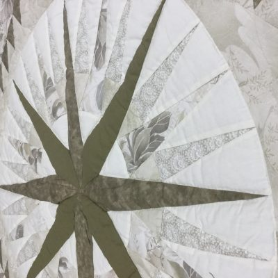 heart and center of mariner's compass quilt